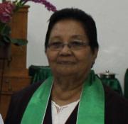 Penatua Ny. Everdina Tualing